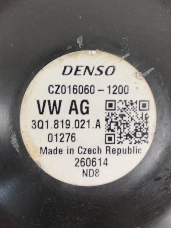 Моторчик отопителя Passat 2015- B8