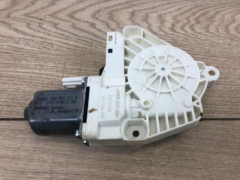 Моторчик стеклоподъемника задний правый Audi A4 S-line 2015- B9 1 8K0959812A контрактная