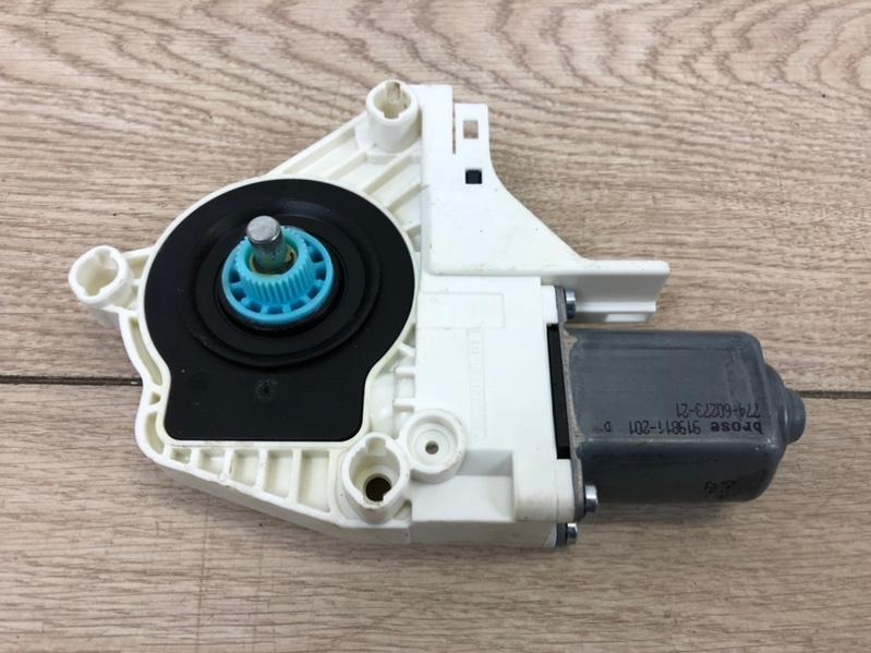 Моторчик стеклоподъемника задний правый A4 S-line 2015- B9 1