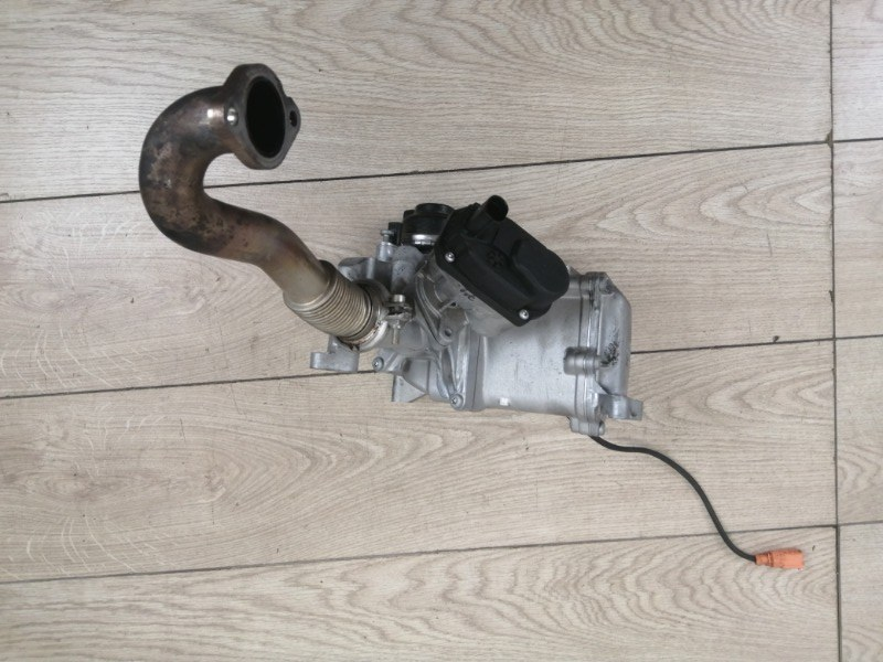 Радиатор системы EGR Porsche Cayenne 2012 958 (92A) 3.0TDI CRCA 059131515CG контрактная