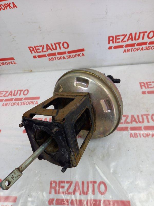 Вакуумный усилитель тормозов Niva 2121