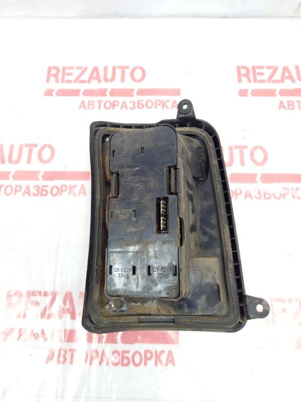 Фонарь задний правый Lada Niva 2121