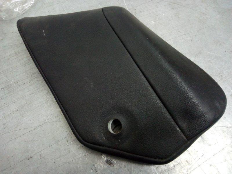Накладка внутренняя левая Porsche Cayenne 2003-2010 7L5885701 Б/У