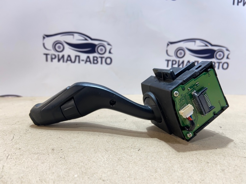 Переключатель подрулевой передний правый Focus 2010-2018 3 Хэтчбек 16L Duratec Ti-VCT (123PS)