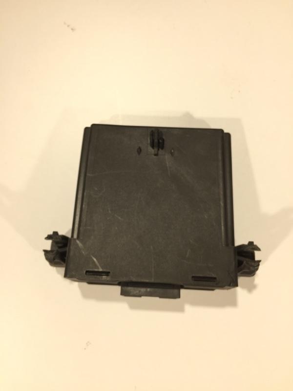 Блок управления межсетевым интерфейсом Passat B7 2012 Седан 2.0L Tdi CKRA