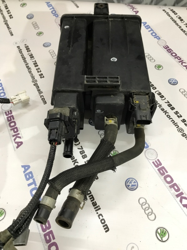 Канистра для паров топлива Q50 2014 год 3.7L