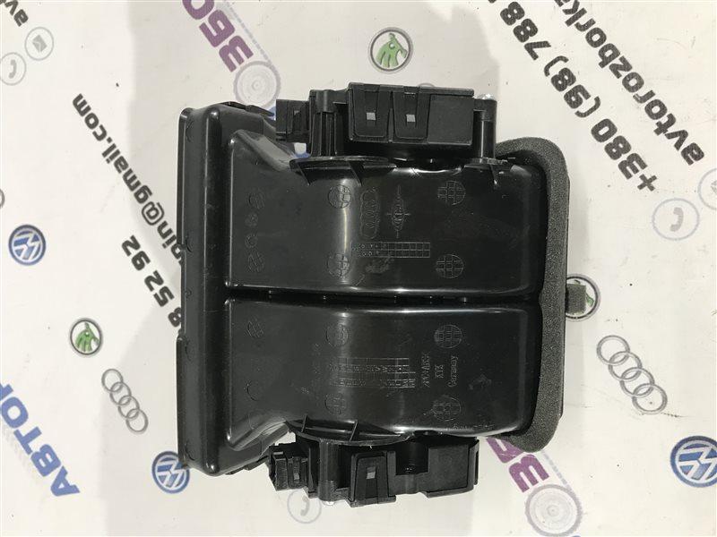 Воздуховод дефлектора задний A7 2012 год 4G 3.0L