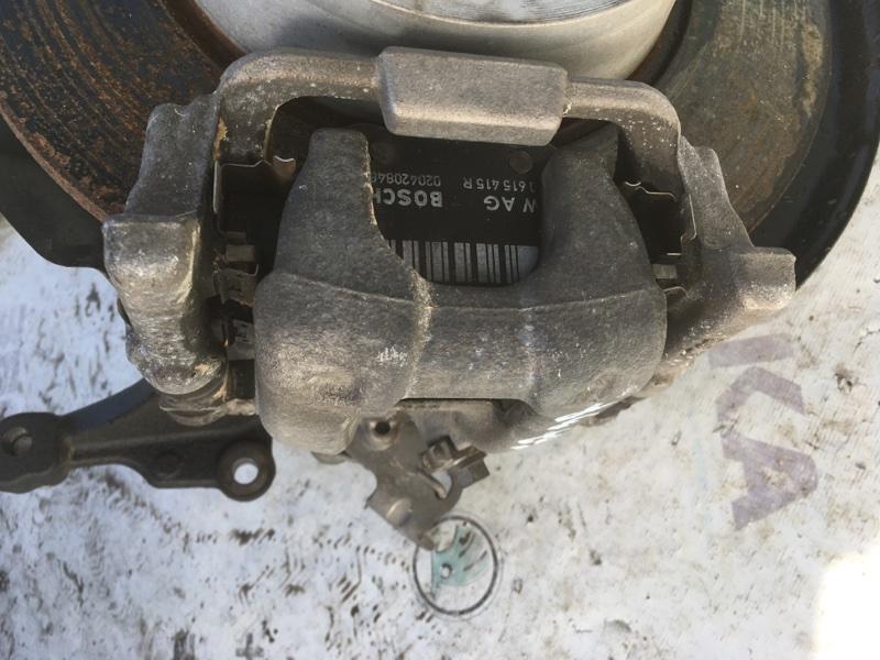 Суппорт тормозной задний правый Volkswagen Passat 2014 год B7 1.8L Б/У