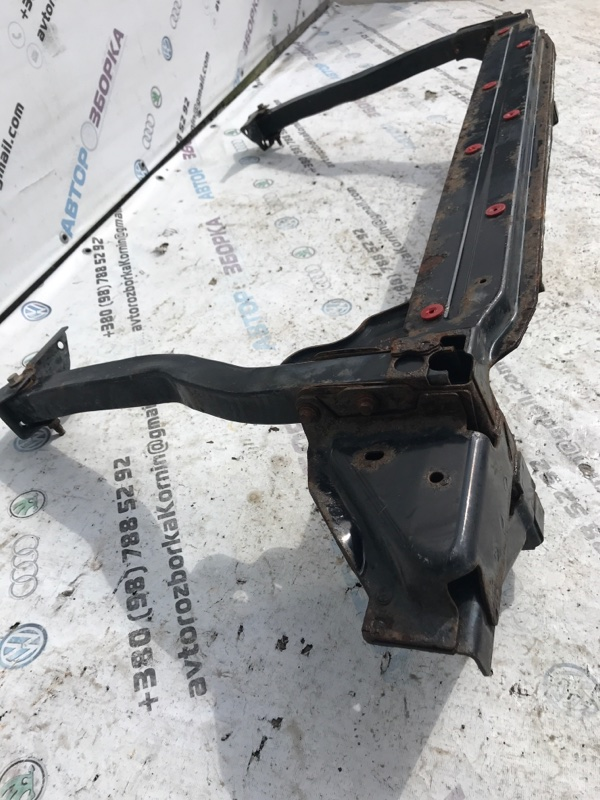 Кронштейн Ford Escape 1.6L
