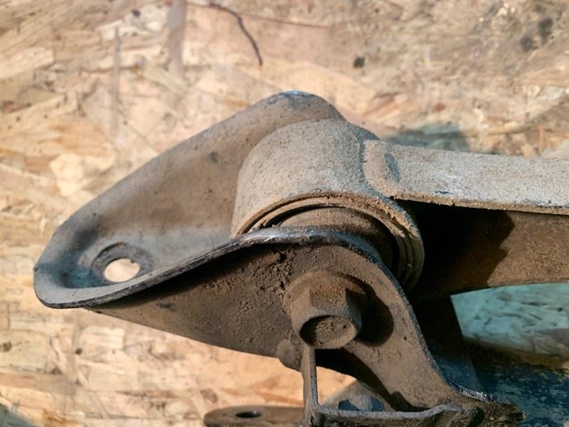 Рычаги задние продольные левый правый Forester 2003 SG5 EJ202