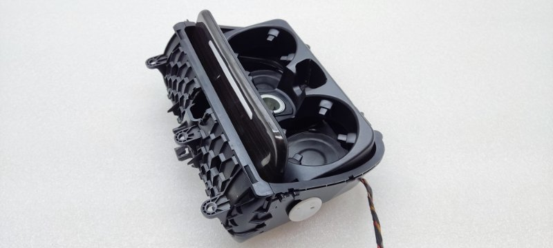 Подстаканник в консоль 5 Series 2009-2017 F10 F11