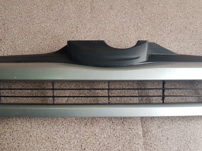 Решетка радиатора HIACE KDH200