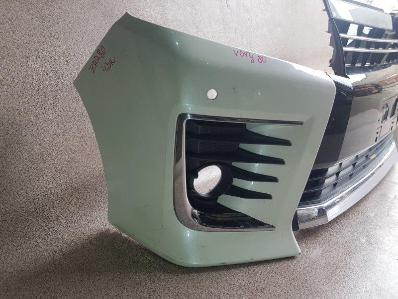 Бампер передний TOYOTA VOXY ZRR80