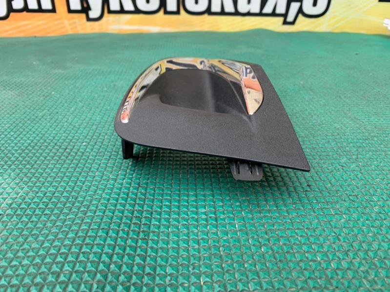 Заглушка бампера передняя правая 5008 2017