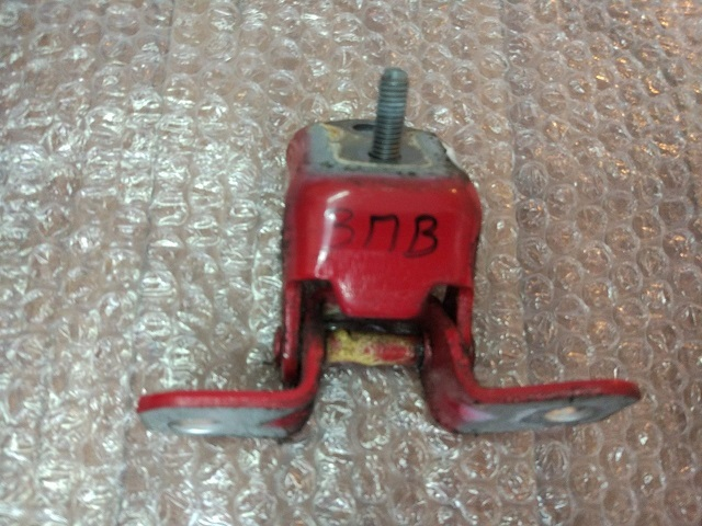 Петля задней правой двери верхняя MAZDA 3 (BK) 2002-2009 E11272210C Б/У