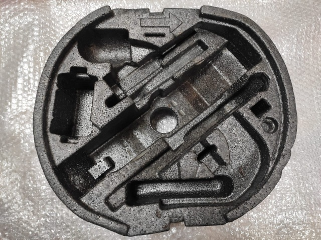 Органайзер для инструмента SKODA OCTAVIA 2 A5 04-13 1Z0012115B Б/У