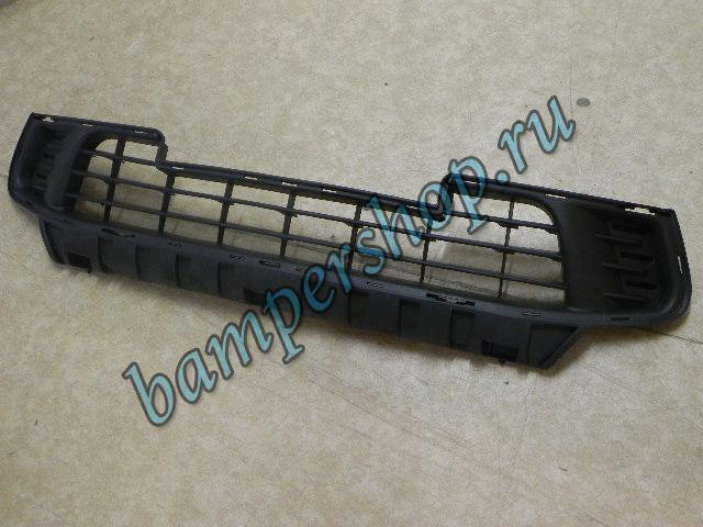 Решетка переднего бампера CITROEN C4 (05-) новая