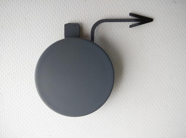 Заглушка буксировочного крюка VOLKSWAGEN PASSAT (B7) 11- 3AA807155 новая