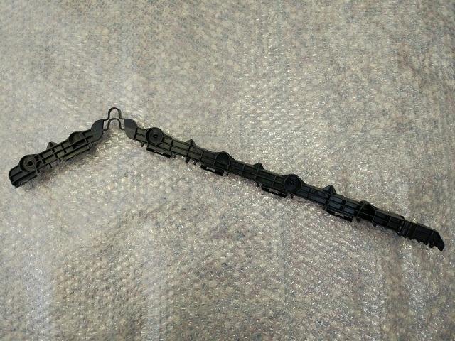Кронштейн заднего бампера левый TOYOTA CAMRY 50 (2011-2014) 52576-33091 новая