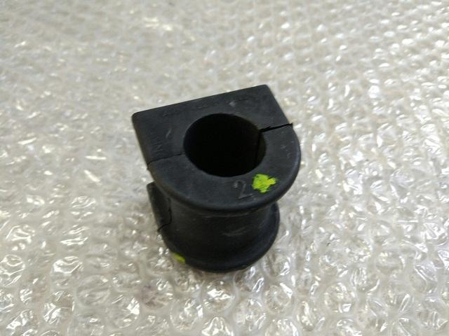 Втулка стабилизатора заднего задняя TOYOTA CAMRY 50 (2011-2014) 48815-33100 новая