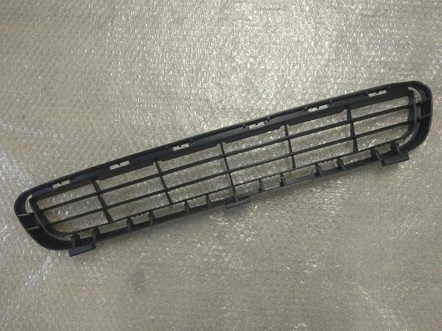 Решетка переднего бампера TOYOTA CAMRY 40 (2006-2009) 53112-06010 новая