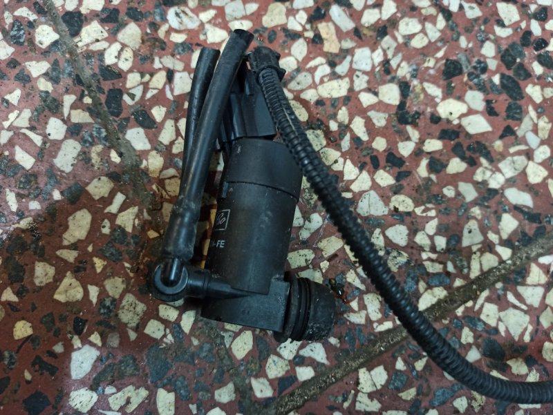 Моторчик стеклоомывателя FORD FOCUS 2 (2008-2011) 2008 хетчбек 5 дверей 1.8 1355124 Б/У