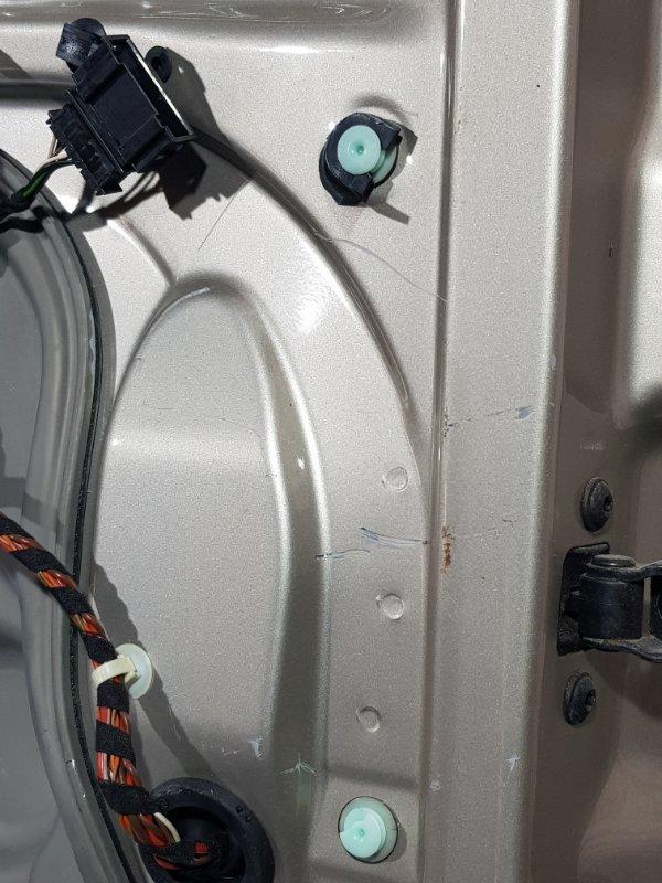 Дверь передняя левая OCTAVIA 2 A5 04-13 2005 лифтбек 1.6