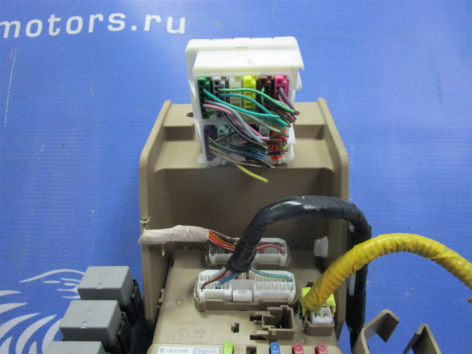 Блок предохранителей Forester 2010 SH5 EJ205