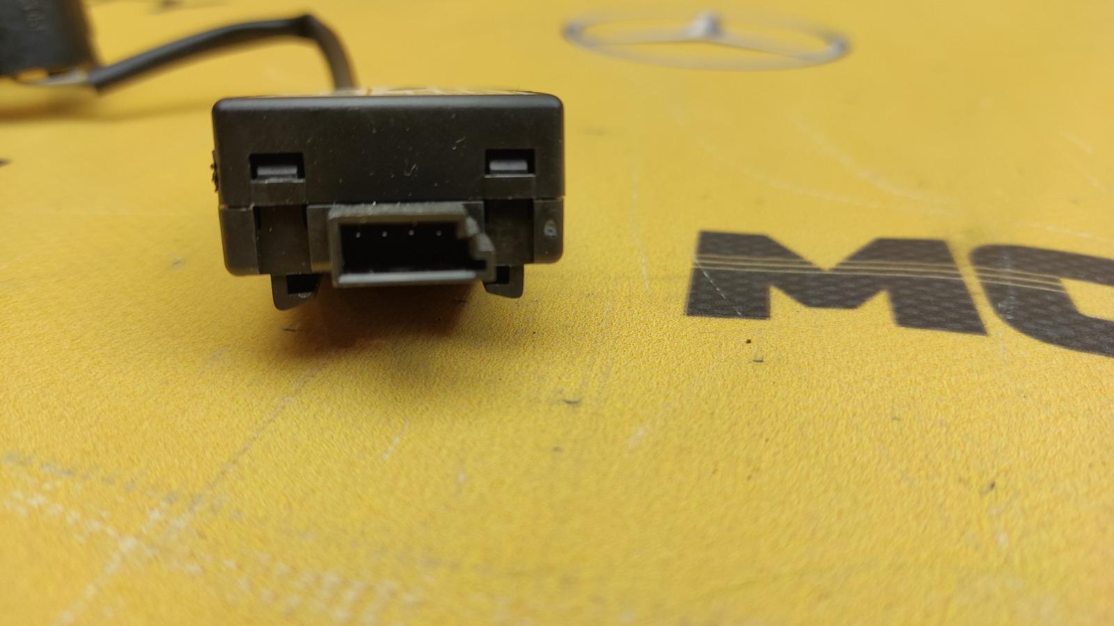 Блок иммобилайзера Mercedes-Benz W163 M113.981 5.5