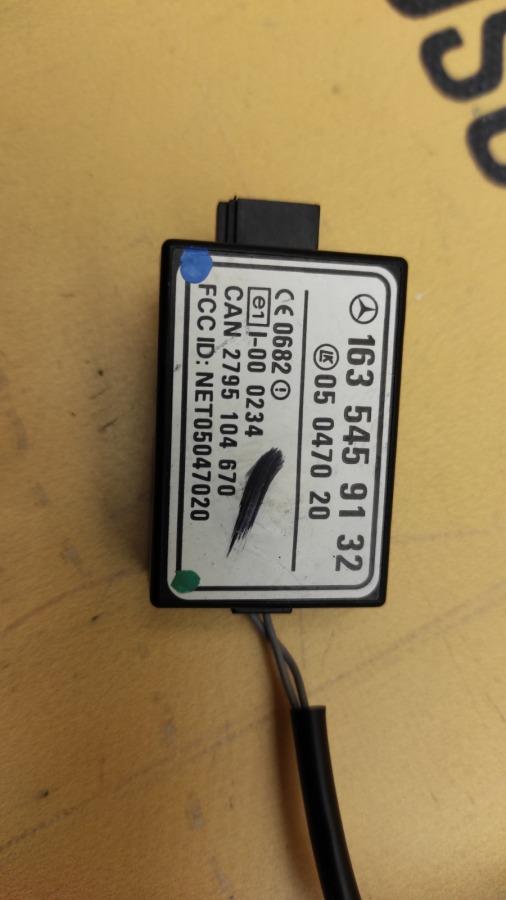Блок иммобилайзера 2003 W163 M113.981 5.5