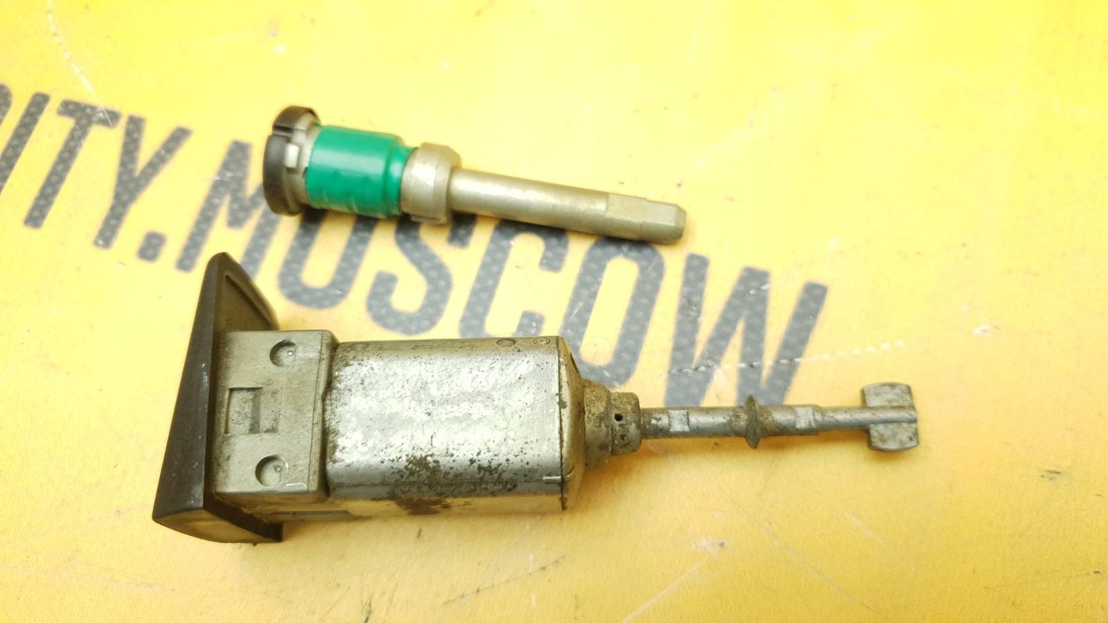 Личинки замков комплект 1996 W140 M104.994 3.2
