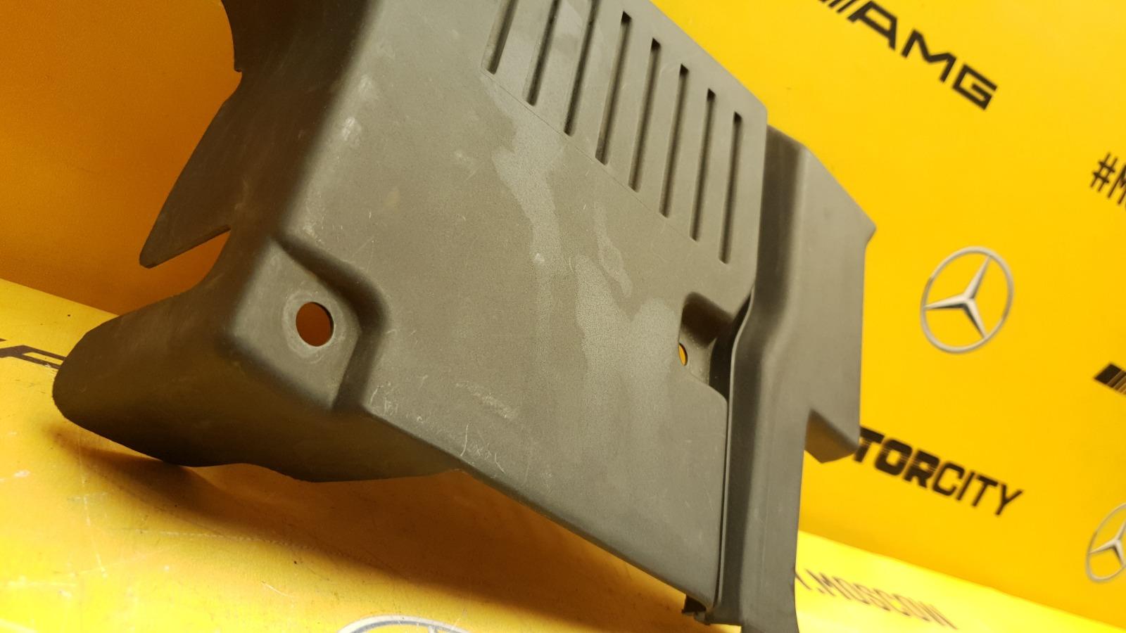 Накладка подкапотная передняя правая Mercedes-Benz C140 M120.980 6.0