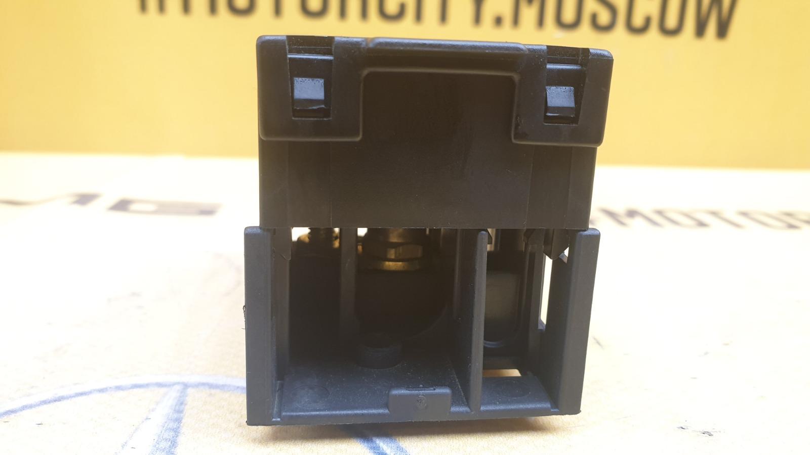 Колодка силовая 1996 W210 M119.980 5.0