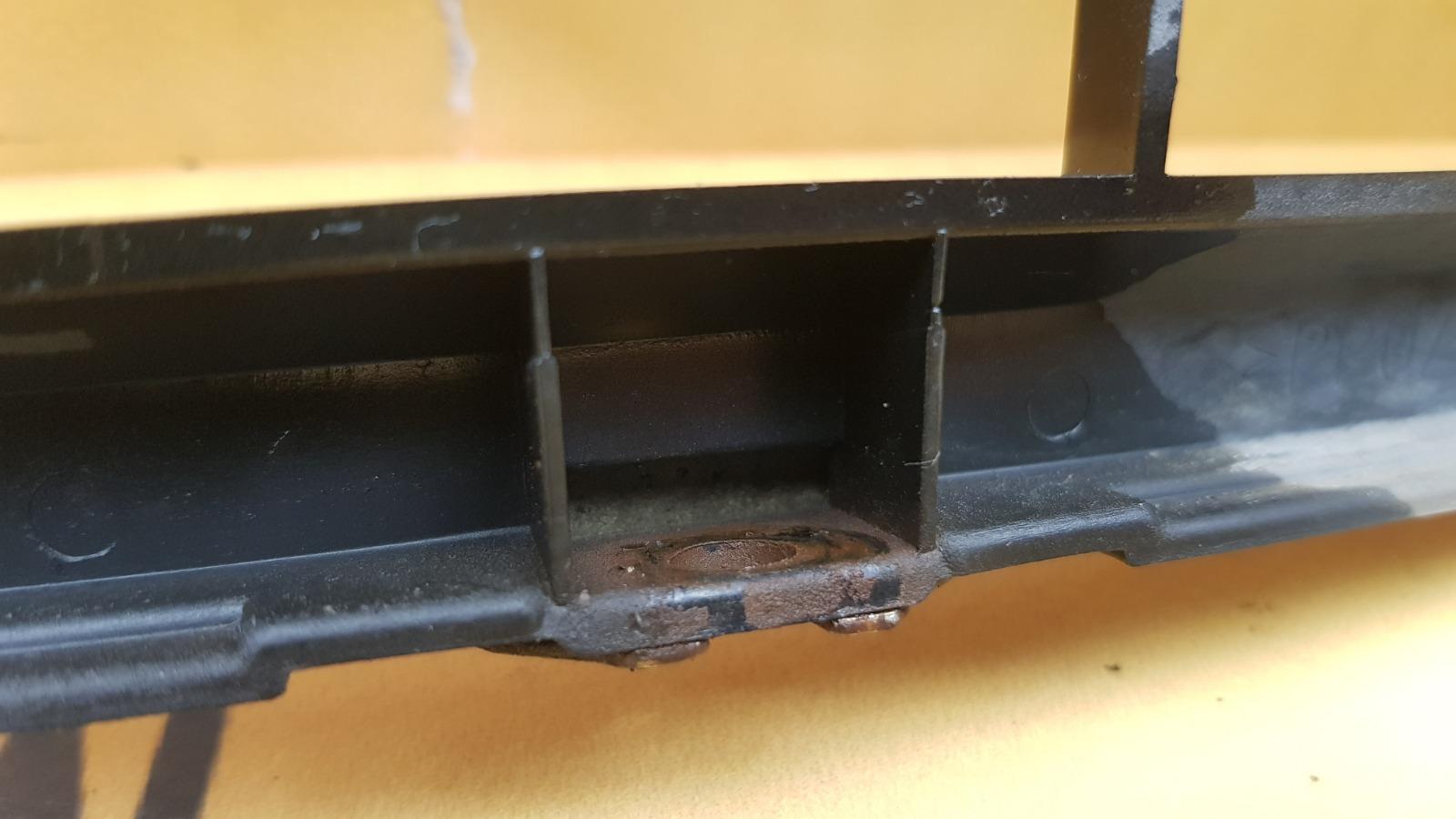 Решетка радиатора 1996 W210 M119.980 5.0