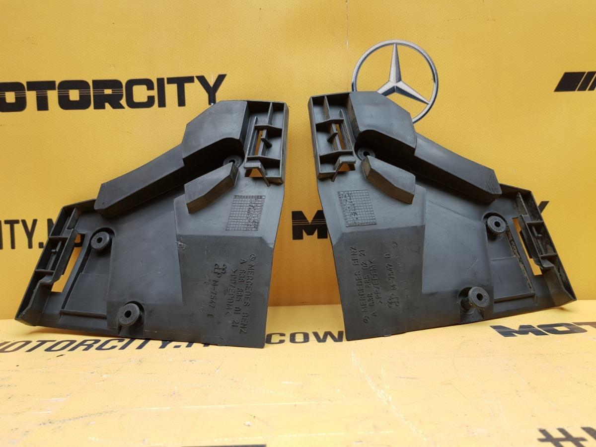Направляющие бампера заднее Mercedes-Benz 1999 W638 M104.900 2.8 6388850121 контрактная