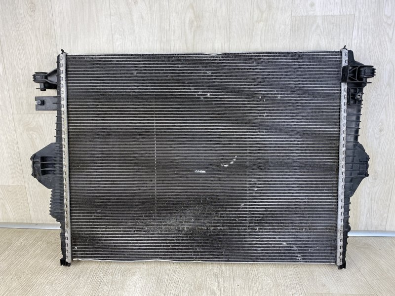 Радиатор основной PORSCHE CAYENNE S HYBRID 2010 958 M06.EC 95810613210 контрактная