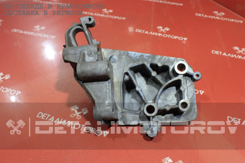 Кронштейн опоры двигателя Ford FXJA