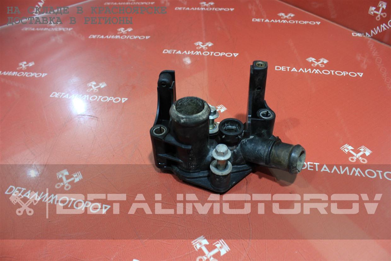 Фланец системы охлаждения Ford FXJA 1221325 Б/У
