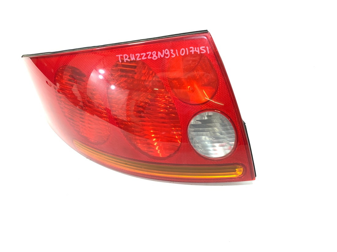 Стоп-сигнал левый Audi TT 8N9