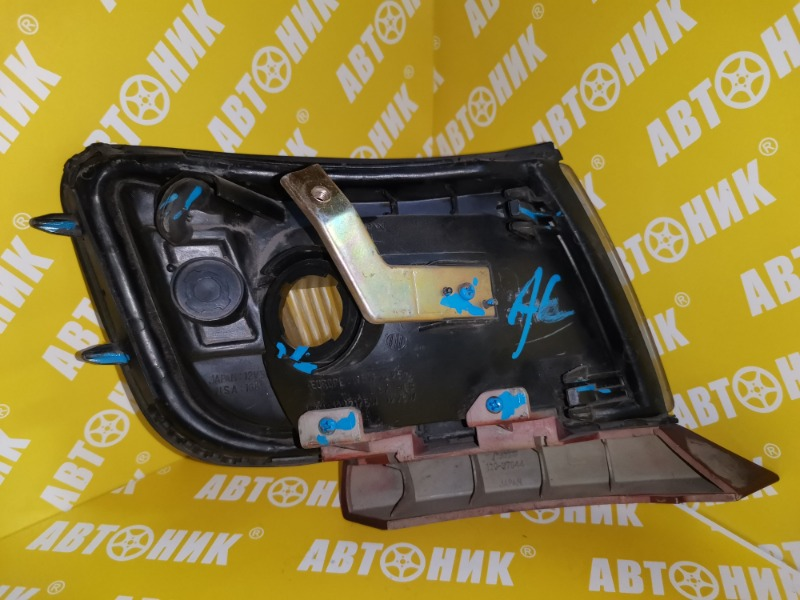 Габарит передний левый RVR 1991-1997 N23W