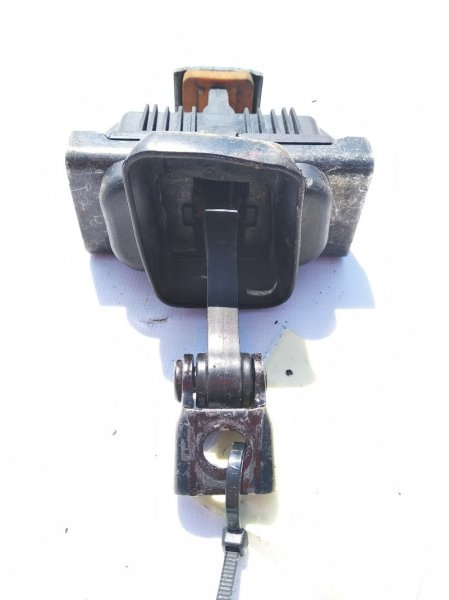 Ограничитель двери передний правый X6 11.2008 E71 M57N2