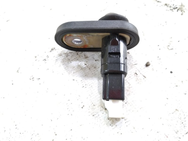 Контакт двери задний правый HARRIER 2005 ACU30 2AZFE