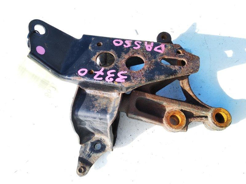 Подушка коробки передач левая TOYOTA PASSO 2010 KGC30 1KRFE 12306-B1080 контрактная