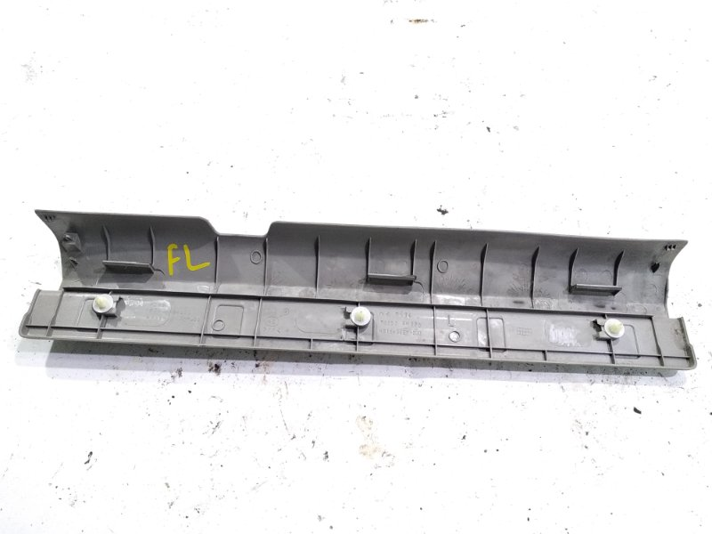 Накладка на порог салона передняя левая XTRAIL 2004 T30 QR20DE