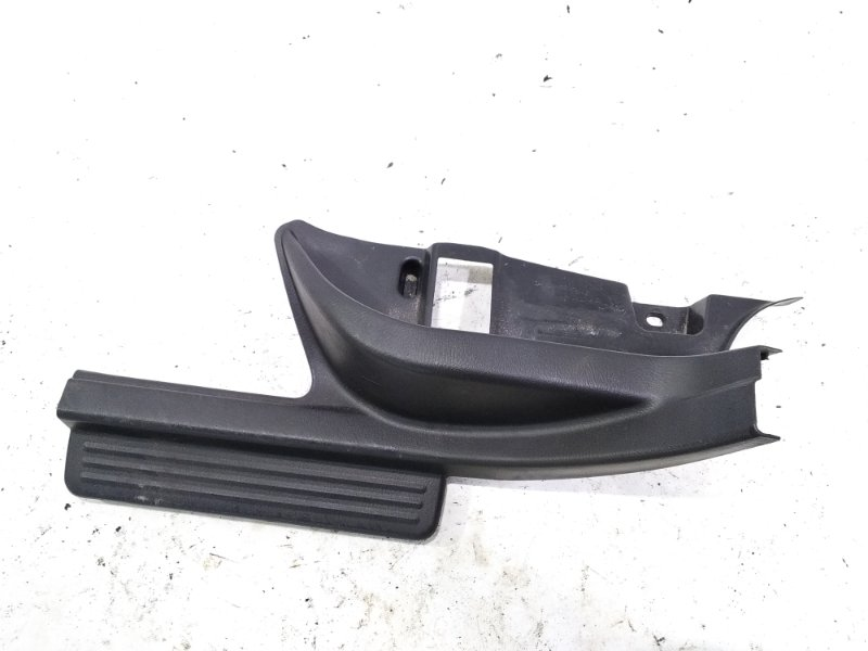 Накладка на порог салона задняя левая SUBARU IMPREZA WRX 2004 GGC EJ205DX 94061FE010 контрактная