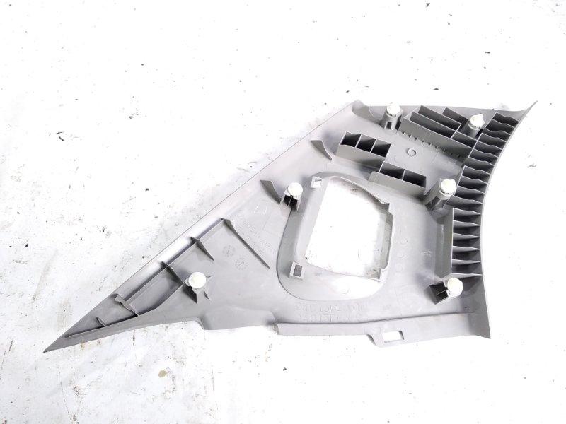 Обшивка стойки кузова задняя правая IMPREZA WRX 2004 GGC EJ205DX