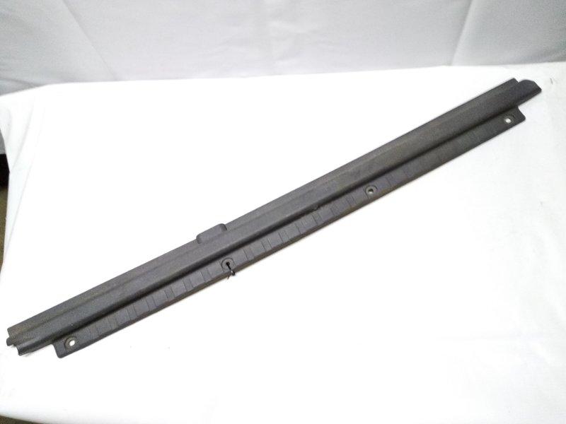 Накладка на порог салона правая DAIHATSU ROCKY F300S HDE 67913-87602 контрактная