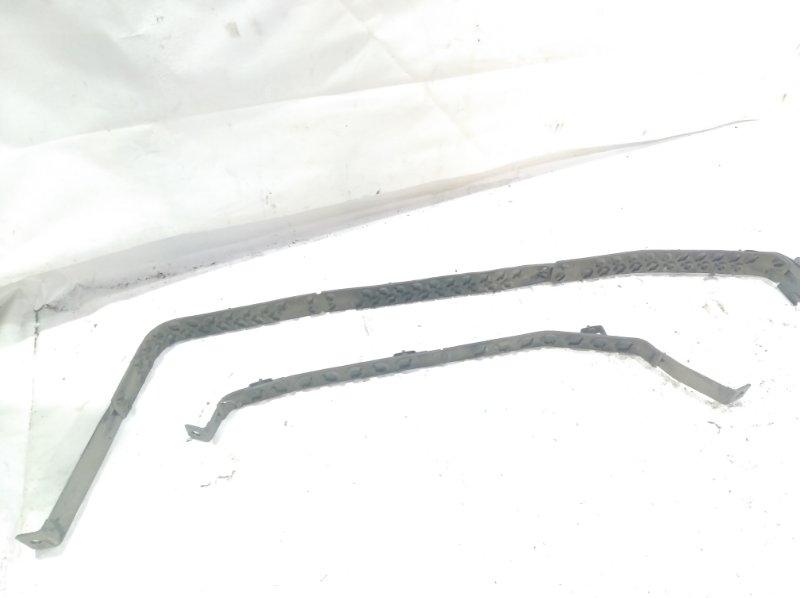 Крепление бензобака заднее HARRIER 2003 ACU30 1MZFE