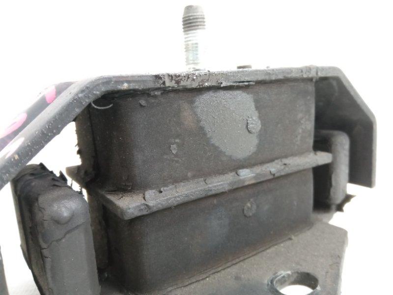 Подушка двигателя передняя правая PAJERO 1994 V26C 4M40T