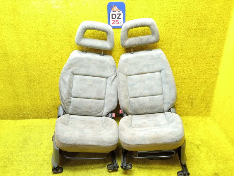 Сидение переднее правое SUZUKI JIMNY 1998 JB33W G13B контрактная